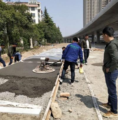 淮安市西安路人行道样板正在施工
