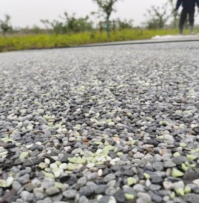 合肥肥东露骨料荧光石路面